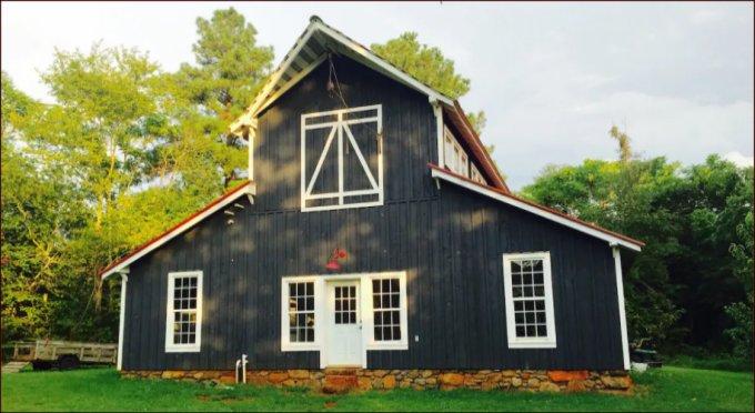 Barn farmhouse